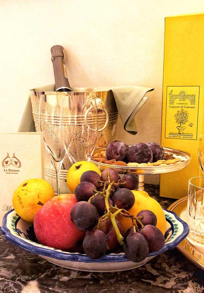 Champagne, Lemoncelo and fresh fruit, courtesy of Le Sirenuse hotel